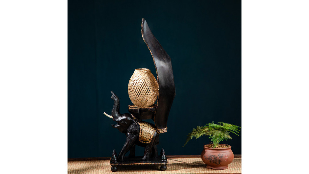 Декоративная лампа в тайском стиле Слон