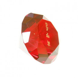 Кристалл красный с мантрой для привлечения любви